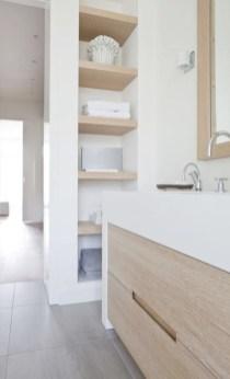 Unique diy bathroom ideas using wood (46)