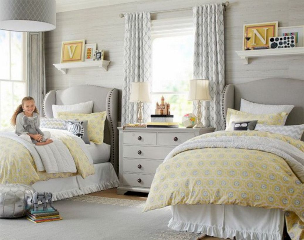 Visually pleasant yellow and grey bedroom designs ideas 22