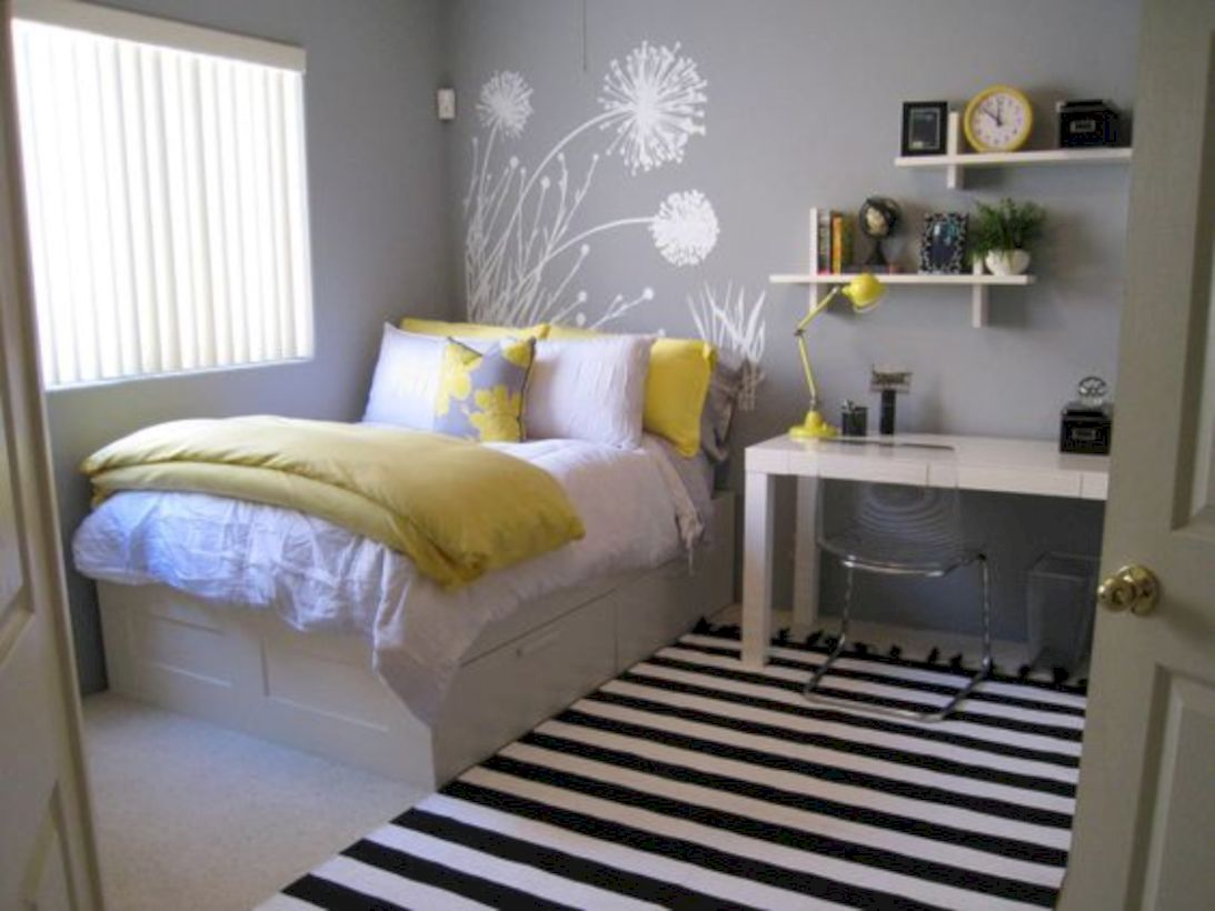 Visually pleasant yellow and grey bedroom designs ideas 24