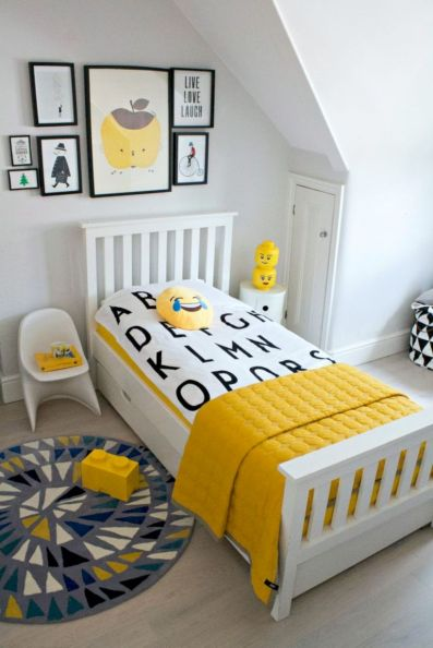Visually pleasant yellow and grey bedroom designs ideas 55