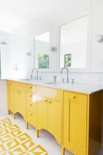 Yellow tile bathroom paint colors ideas (16)