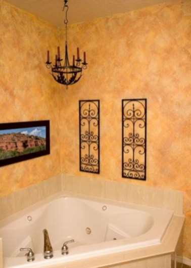 Yellow tile bathroom paint colors ideas (41)