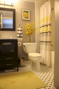 Yellow tile bathroom paint colors ideas (8)
