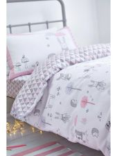 Cool kids bedroom with pink colour 10