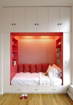 Cool kids bedroom with pink colour 12