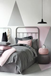 Cool kids bedroom with pink colour 15