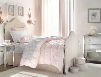 Cool kids bedroom with pink colour 23