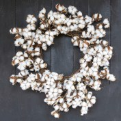 Affordable christmas wreaths decoration ideas you should try 05
