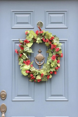 Affordable christmas wreaths decoration ideas you should try 08