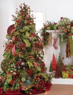 Brilliant ideas christmas tree decoration ideas with ribbon 06