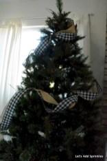 Brilliant ideas christmas tree decoration ideas with ribbon 15