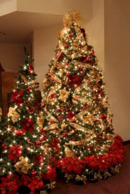 Brilliant ideas christmas tree decoration ideas with ribbon 19