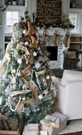 Brilliant ideas christmas tree decoration ideas with ribbon 31