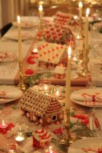 Creative diy christmas table centerpieces ideas 17