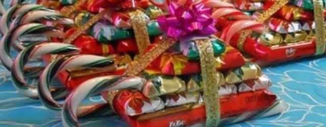 Creative diy christmas table centerpieces ideas 21