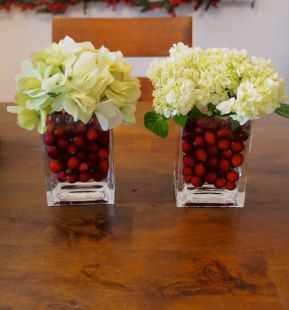 Creative diy christmas table centerpieces ideas 33