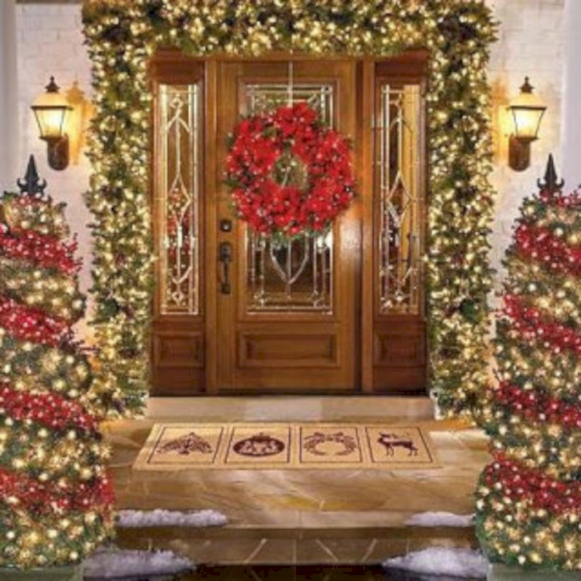 Easy Outdoor Christmas Decorating.Easy Outdoor Christmas Decorations Ideas On A Budget 02