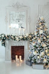 Elegant white fireplace christmas decoration ideas 27