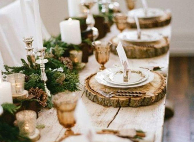 Inspiring farmhouse christmas table centerpieces ideas 34