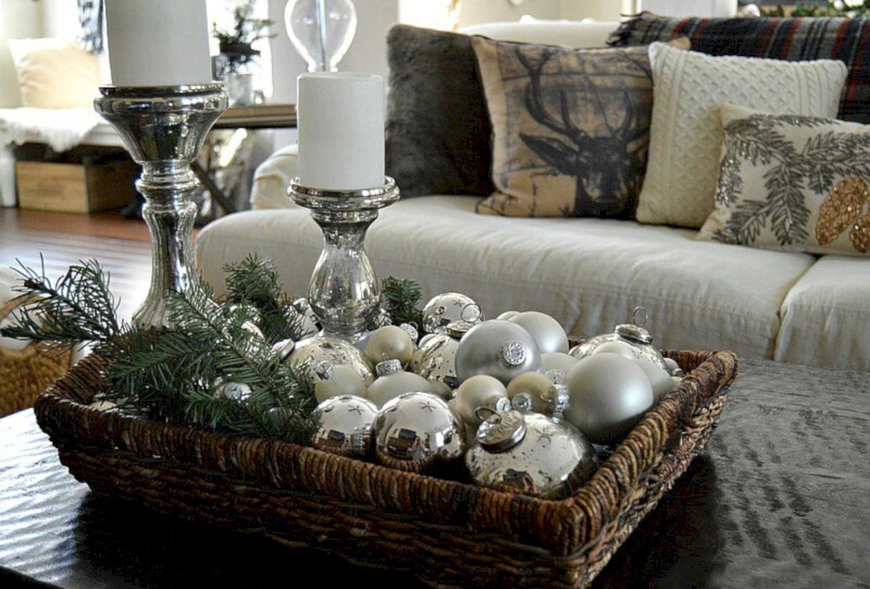 best website a62f3 f64b0 Minimalist christmas coffee table centerpiece ideas 11 ...