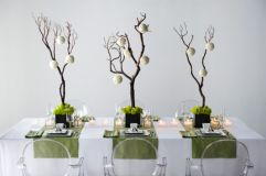 Modern christmas table centerpieces ideas you will totally love 09