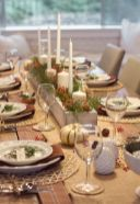 Modern christmas table centerpieces ideas you will totally love 19