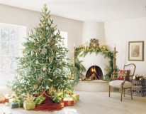 Modern farmhouse fireplace christmas decoration ideas 09