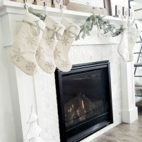 Modern farmhouse fireplace christmas decoration ideas 10