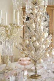 Romantic christmas tree wedding centerpieces ideas 21