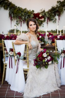 Romantic winter vintage wedding decoration ideas (20)