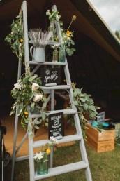 Romantic winter vintage wedding decoration ideas (35)