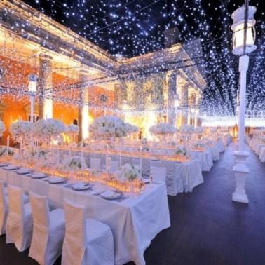 Spectacular winter wonderland wedding decoration ideas (18)