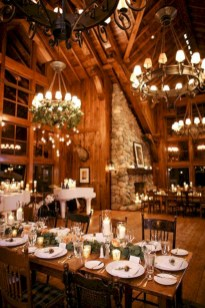 Spectacular winter wonderland wedding decoration ideas (27)