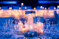 Spectacular winter wonderland wedding decoration ideas (9)