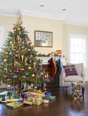 Stunning gold christmas tree decoration ideas 23