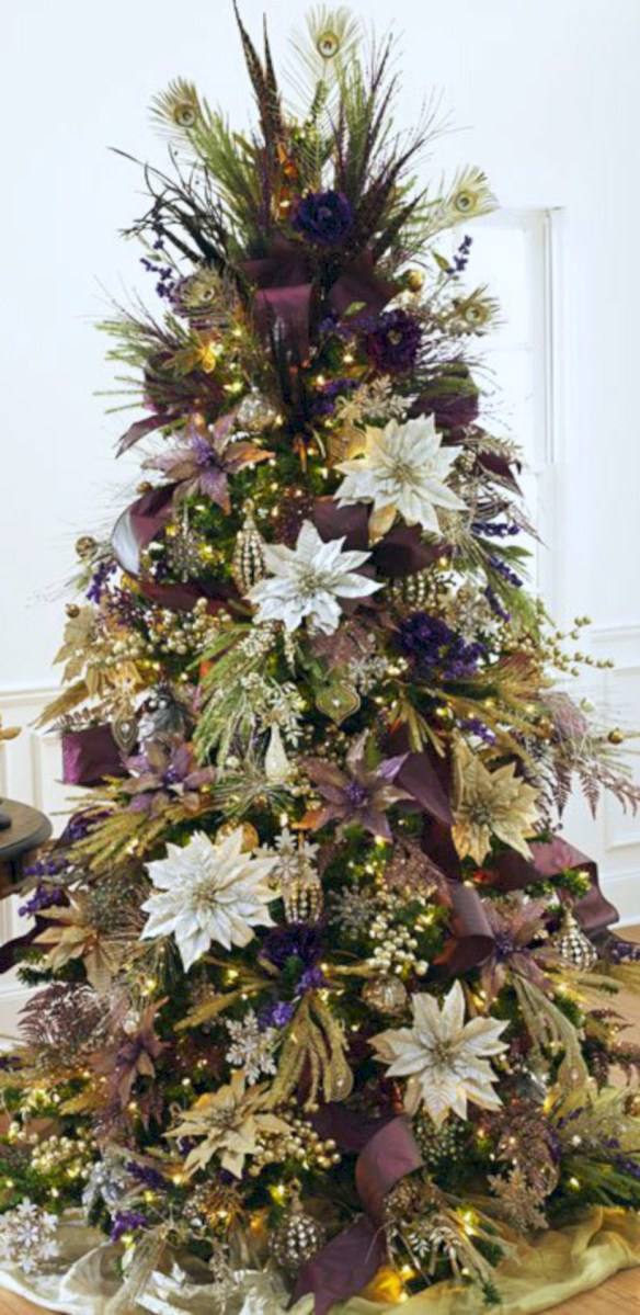 stunning gold christmas tree decoration ideas 45