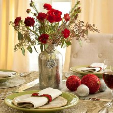 Stylish christmas centerpieces ideas with ornaments 03