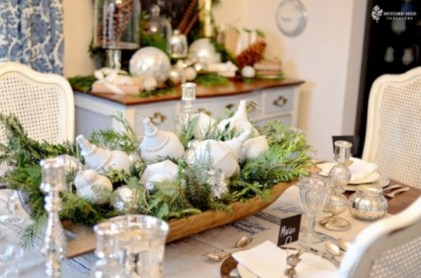 Stylish christmas centerpieces ideas with ornaments 20