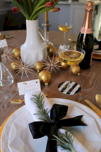 Stylish christmas centerpieces ideas with ornaments 44