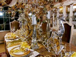 Stylish silver and white christmas table centerpieces ideas 33
