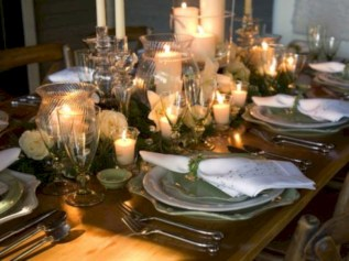 Stylish silver and white christmas table centerpieces ideas 41