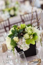 Totally adorable white christmas floral centerpieces ideas 36