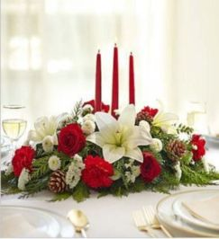 Totally adorable white christmas floral centerpieces ideas 42