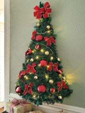 Totally inspiring small christmas tree decoration ideas for space saving 18