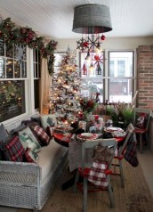 Traditional christmas decoration ideas you will totally love 02