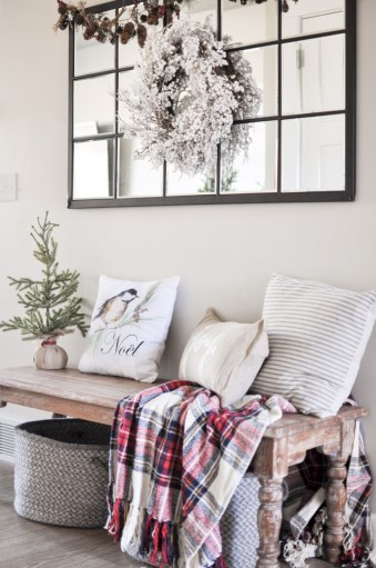 Traditional christmas decoration ideas you will totally love 16