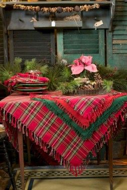 Traditional christmas decoration ideas you will totally love 30