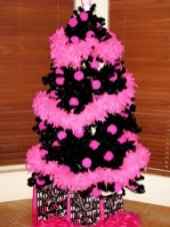 Unusual black christmas tree decoration ideas 10