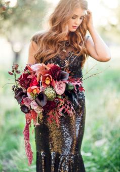 Wonderful winter wedding bouquets ideas you will love (10)