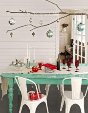 Adorable christmas chandelier decoration ideas 31